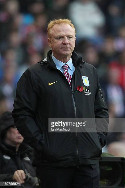Alex McLeish the manager of Aston Villa looks on during the Barclays Premier League match between Sunderland and Aston Villa at Stadium of Light on...