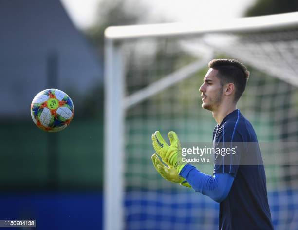 Alex Meret of Italy in action during a Italy training session at Casteldebole Training Center on June 18 2019 in Bologna Italy