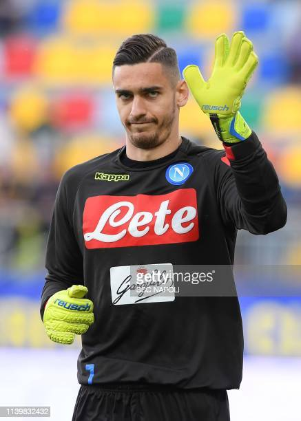 Alex Meret of Napoli warms up prior to the Serie A match between Frosinone Calcio and SSC Napoli at Stadio Benito Stirpe on April 28 2019 in...
