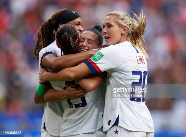 Alex Morgan, Jessica McDonald, Allie Long and Ali Krieger of USA celebrate at full time of the 2019 FIFA Women's World Cup France Final match between...