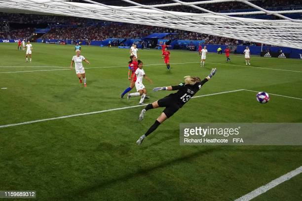 Alex Morgan of the USA scores her team's second goal past Carly Telford of England during the 2019 FIFA Women's World Cup France Semi Final match...