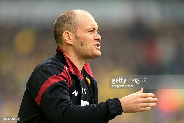 Alex Neil Manager of Norwich City gestures during the Barclays Premier League match between Norwich City and Manchester City at Carrow Road on March...