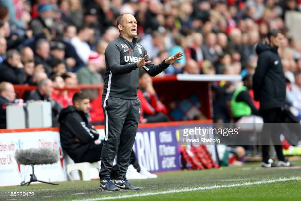 Alex Neil Manager of Preston North End gives his team instructions during the Sky Bet Championship match between Charlton Athletic and Preston North...