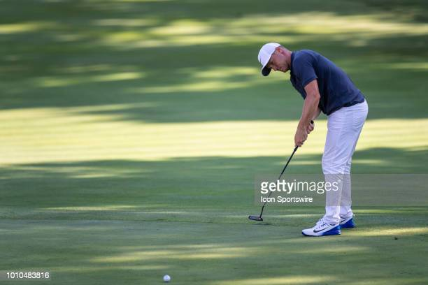Alex Noren putts on the 16th green during the second round of the WGCBridgestone Invitational on August 3 2018 at the Firestone Country Club South...