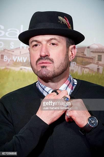 Alex O'Dogherty attends 'Villaviciosa De Al Lado' premiere at Capitol Cinema on December 1 2016 in Madrid Spain