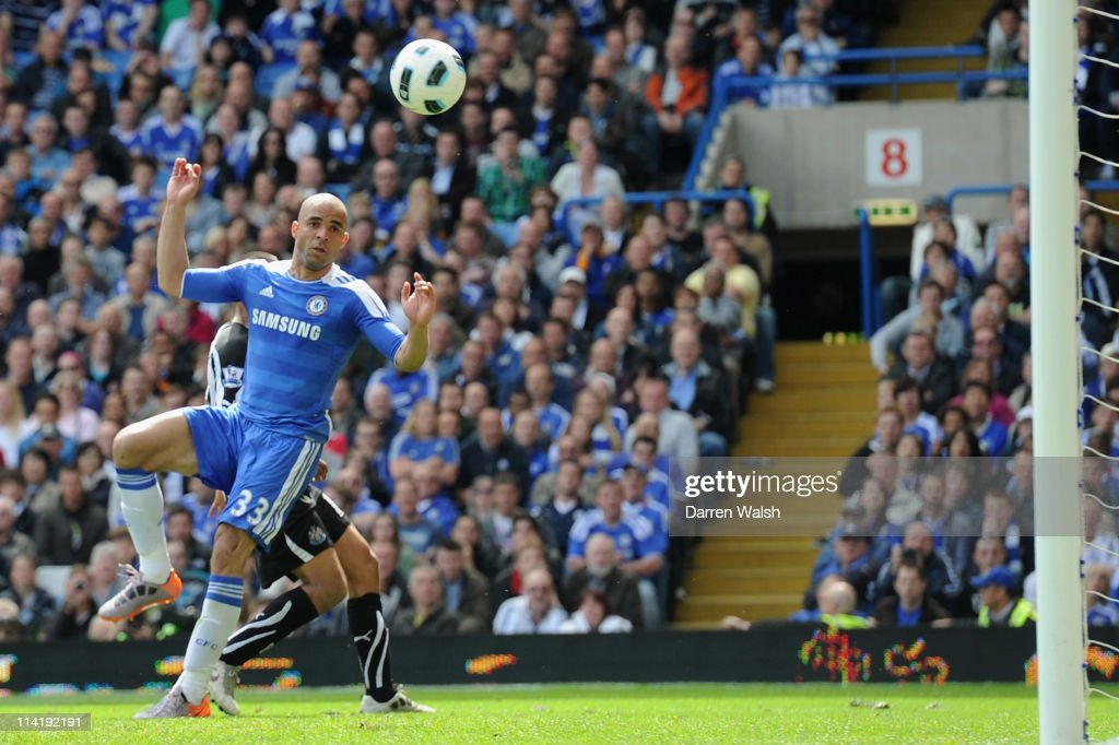 Alex of Chelsea scores their second goal during the Barclays Premier League match between Chelsea and Newcastle United at Stamford Bridge on May 15, 2011 in London, England.