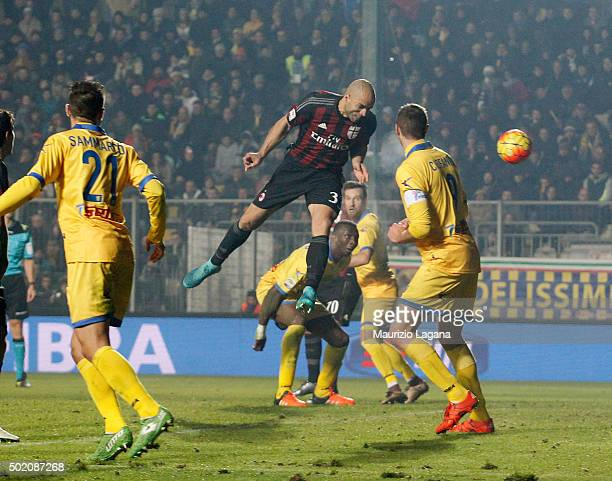 Alex of Milan scores his team's third goal during the Serie A match between Frosinone Calcio and AC Milan at Stadio Matusa on December 20 2015 in...