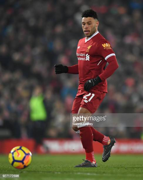 Alex OxladeChamberlain of Liverpool during the Premier League match between Liverpool and Newcastle United at Anfield on March 3 2018 in Liverpool...