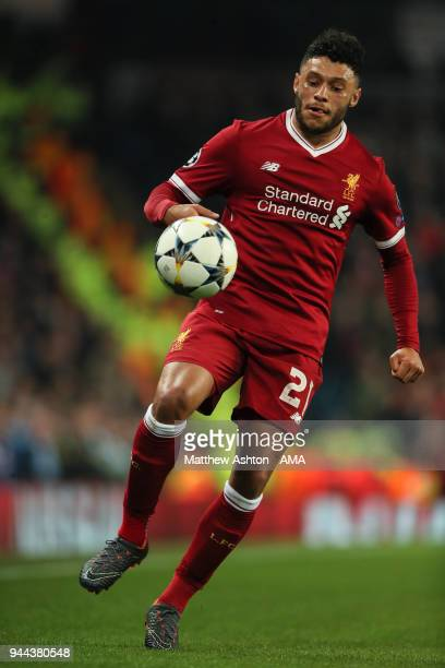 Alex OxladeChamberlain of Liverpool during the UEFA Champions League Quarter Final Second Leg match at Etihad Stadium on April 10 2018 in Manchester...