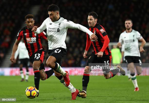 Alex OxladeChamberlain of Liverpool runs with the ball during the Premier League match between AFC Bournemouth and Liverpool at Vitality Stadium on...