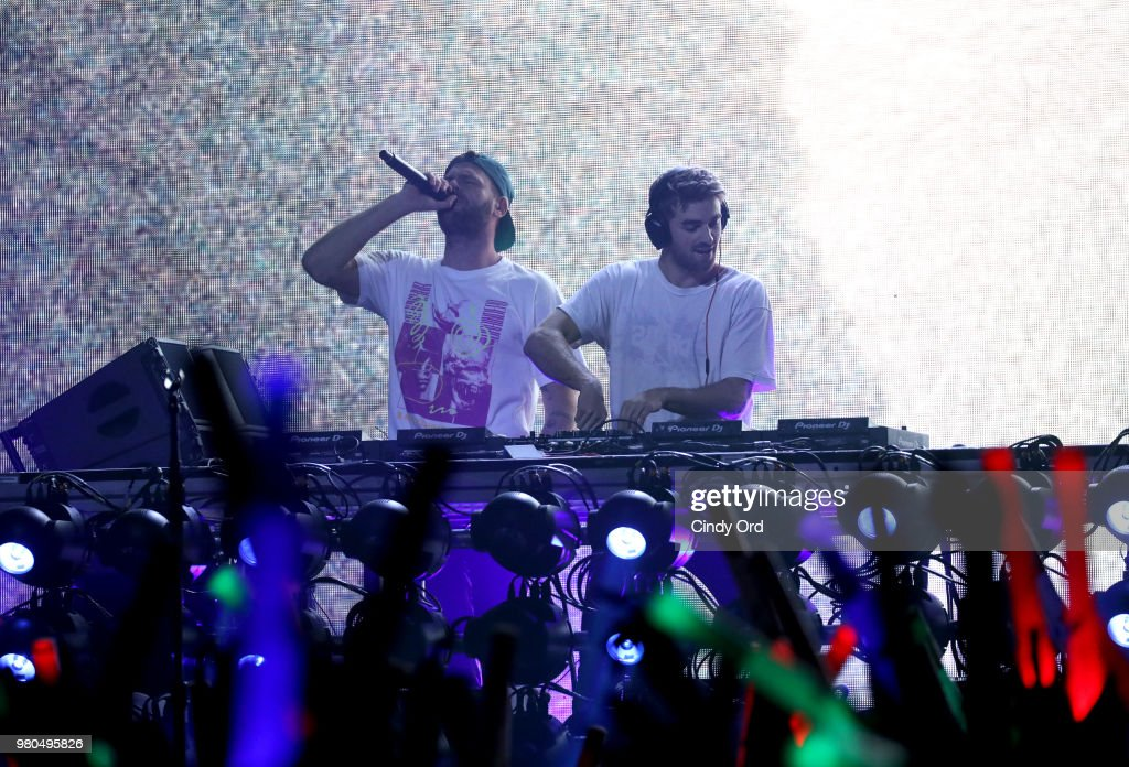 American Airlines And Mastercard Present The Chainsmokers At The Fillmore In Philadelphia : News Photo