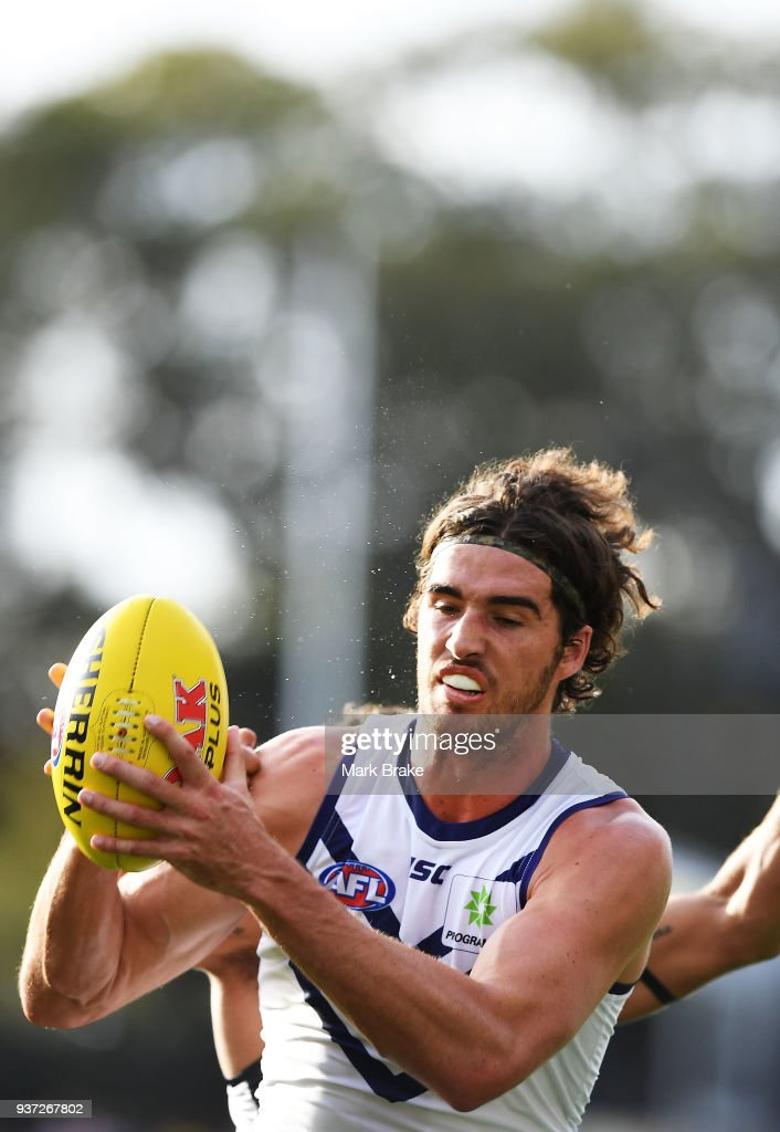 Alex Pearce of the Dockers marks during the round one AFL match between the Port Adelaide Power and the Fremantle Dockers at Adelaide Oval on March 24, 2018 in Adelaide, Australia.