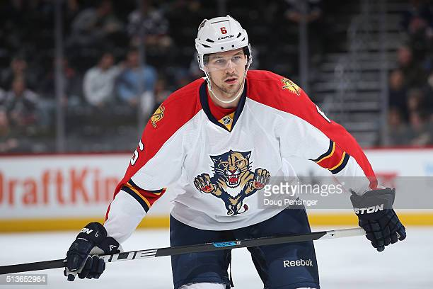 Alex Petrovic of the Florida Panthers awaits a face off against the Colorado Avalanche at Pepsi Center on March 3 2016 in Denver Colorado The...