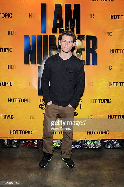 Alex Pettyfer star of the suspense thriller I AM NUMBER FOUR makes an appearance at Hot Topic in San Francisco to sign autographs for fans on January...