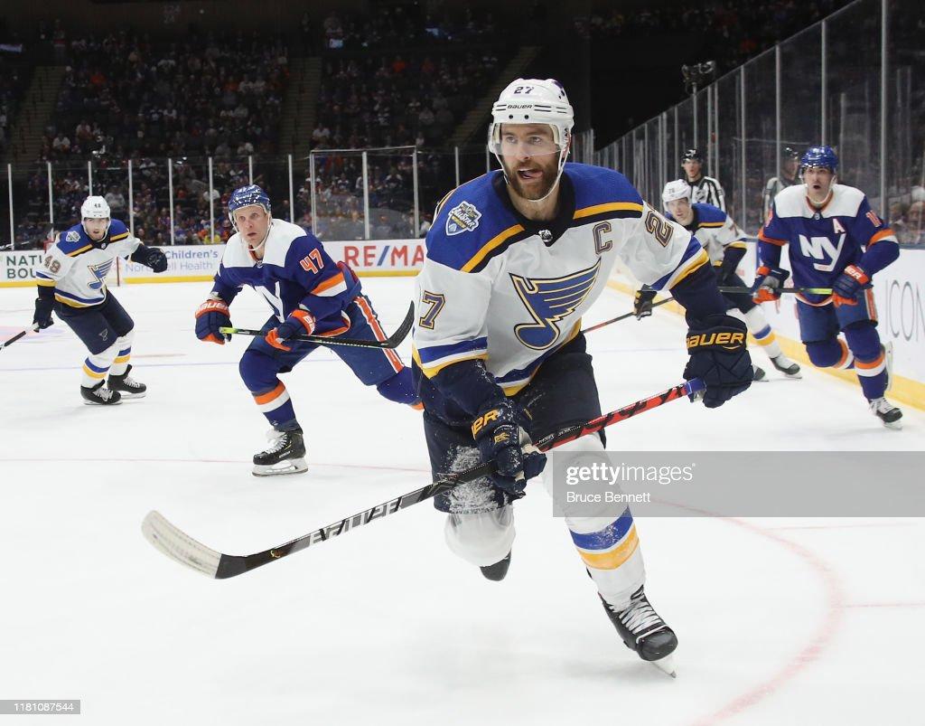 St Louis Blues v New York Islanders : News Photo