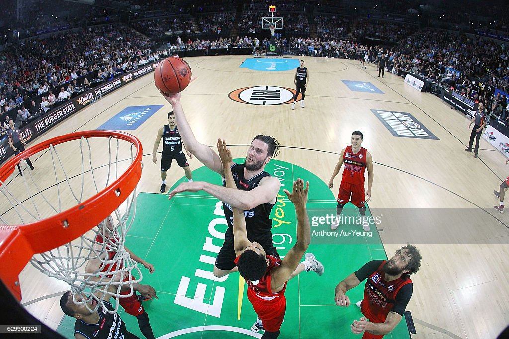 Alex Pledger of the Breakers puts up a shot during the round 11 NBL match between New Zealand Breakers and Perth Wildcats at Vector Arena on December 15, 2016 in Auckland, New Zealand.