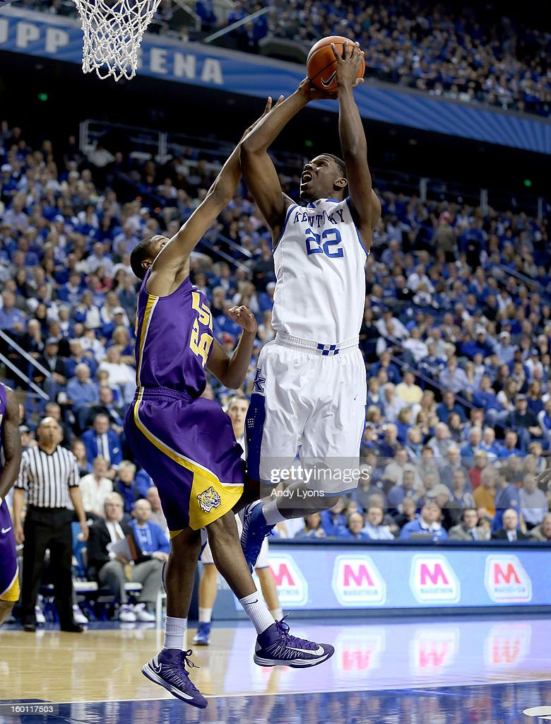 Alex Poythress #22 of the Kentucky Wildcats shoots the ball during the game against the LSU Tigers at Rupp Arena on January 26, 2013 in Lexington, Kentucky.