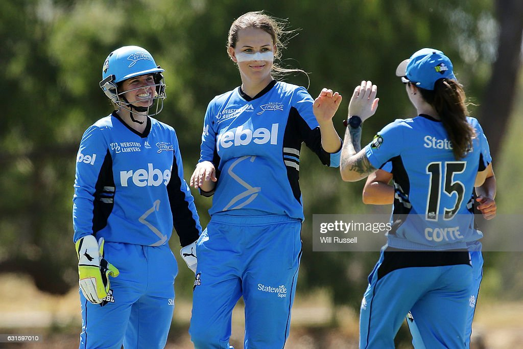 WBBL - Strikers v Stars