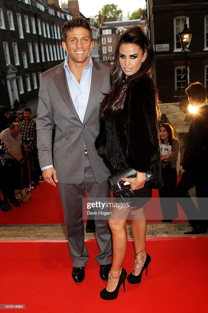 Alex Reid and Katie Price arrive at the Keep A Child Alive Black Ball held at St John's, Smith Square on May 27, 2010 in London, England.