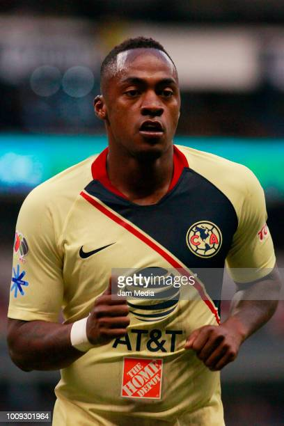 Alex Renato Ibarra of America loos on during the second round match between Club America and Atlas as part of the Torneo Apertura 2018 Liga MX at...