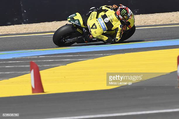 Alex Rins of Spain and Paginas Amarillas HP40 rounds the bend during the MotoGp of France Qualifying at on May 7 2016 in Le Mans France
