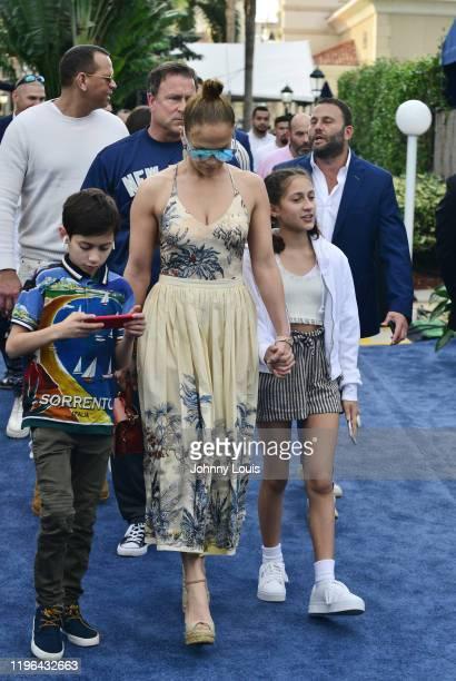 Alex Rodriguez and Jennifer Lopez with children Emme Maribel Muñiz and Maximilian David Muñiz at the 2020 Pegasus World Cup Championship Invitational...