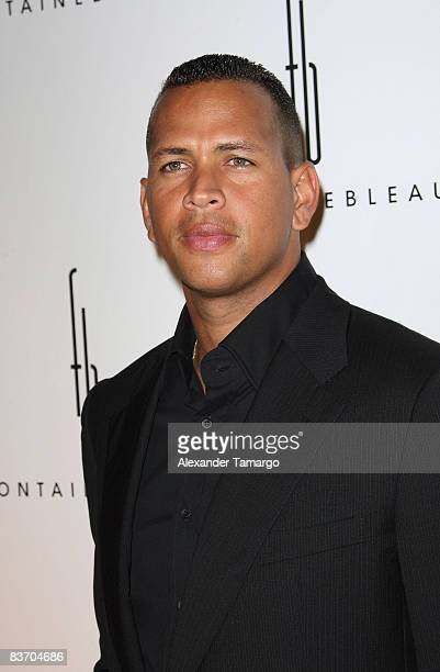 Alex Rodriguez arrives for the grand opening of Fontainebleau Miami Beach on November 14, 2008 in Miami Beach, Florida.