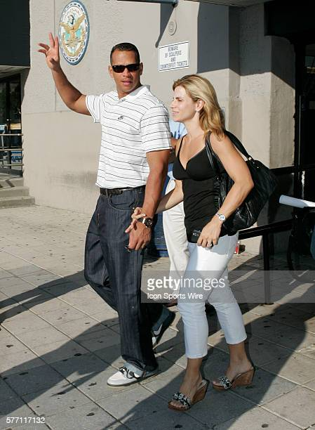 Alex Rodriguez leaves Yankee Stadium with wife his Cynthia after the game in which he hit his 500th home run