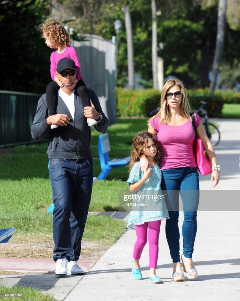 Alex Rodriguez and Family Sighting In Miami : News Photo