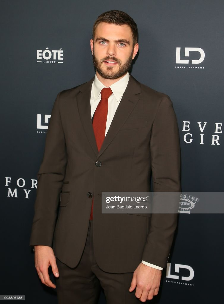 Alex Roe attends the premiere of Roadside Attractions' 'Forever My Girl' on January 16, 2018 in Los Angeles, California.