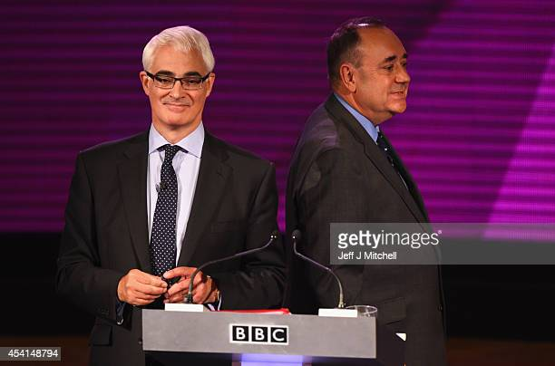 Alex Salmond First Minister of Scotland and Alistair Darling chairman of Better Together take part in a live television debate by the BBC in the...