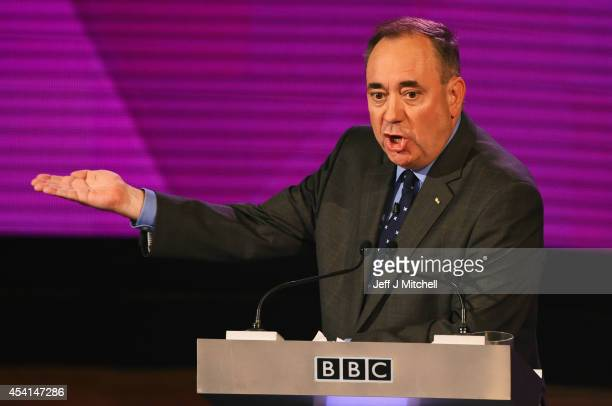 Alex Salmond First Minister of Scotland takes part in a live television debate by the BBC in the Kelvingrove Art Galleries on August 25 2014 in...
