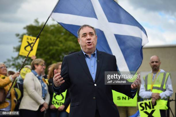 Alex Salmond MP joins Joanna Cherry the SNP candidate for Edinburgh South West on the campaign trail in Broomhouse on May 18 2017 in Edinburgh...