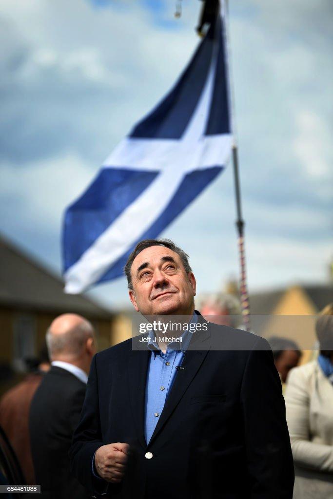 Alex Salmond Campaigns In Edinburgh South West