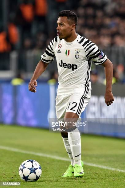 Alex Sandro defender of Juventus FC during the UEFA Champions League Round of 16 2st leg soccer match between Juventus FC and FC Porto at Juventus...