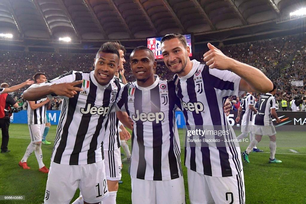 Alex Sandro, Douglas Costa and Mattia De Sciglio of Juventus ...