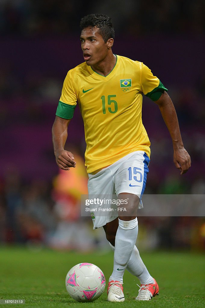 Olympics Day 11 - Men's Football S/F - Match 30 - Korea v Brazil : News Photo