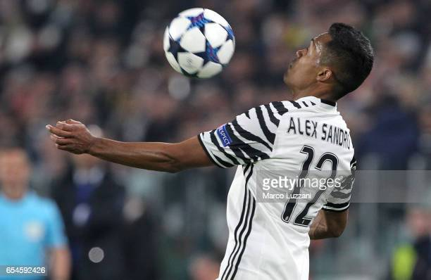 Alex Sandro of Juventus FC controls the ball during the UEFA Champions League Round of 16 second leg match between Juventus and FC Porto at Juventus...