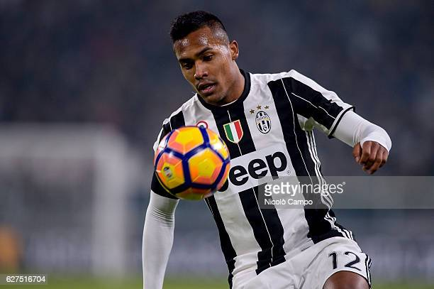 Alex Sandro of Juventus FC in action during the Serie A football match between Juventus FC and Atalanta BC Juventus FC won 31 over Atalanta BC