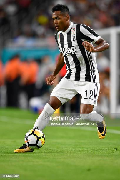Alex Sandro of Juventus in action during the International Champions Cup 2017 match between Paris Saint Germain and Juventus at Hard Rock Stadium on...