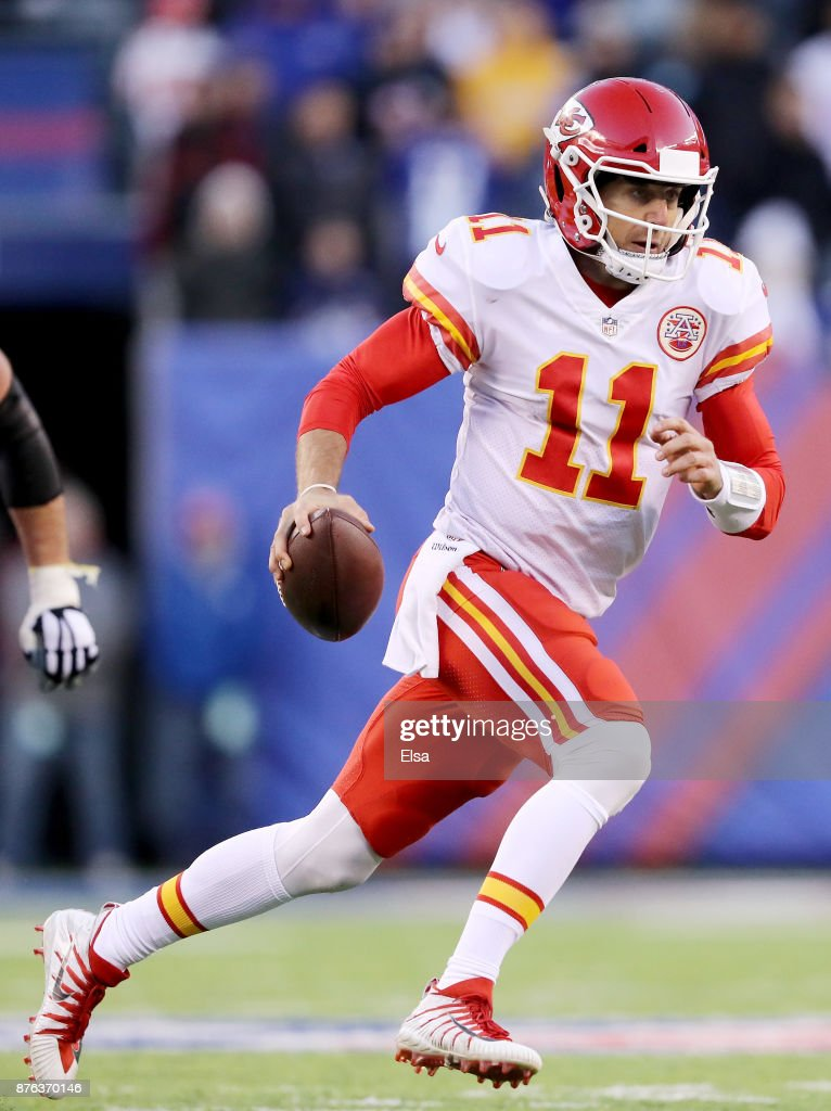 Alex Smith #11 of the Kansas City Chiefs carries the ball in the fourth quarter against the New York Giants on November 19, 2017 at MetLife Stadium in East Rutherford, New Jersey.