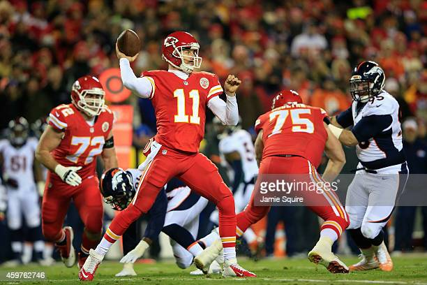 Alex Smith of the Kansas City Chiefs passes against the Denver Broncos during the first quater at Arrowhead Stadium on November 30 2014 in Kansas...