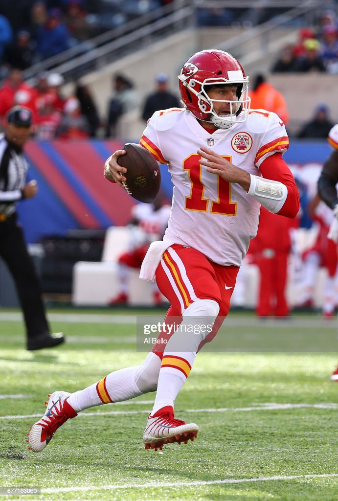 Alex Smith #11 of the Kansas City Chiefsin action against the New York Giants during their game at MetLife Stadium on November 19, 2017 in East Rutherford, New Jersey.