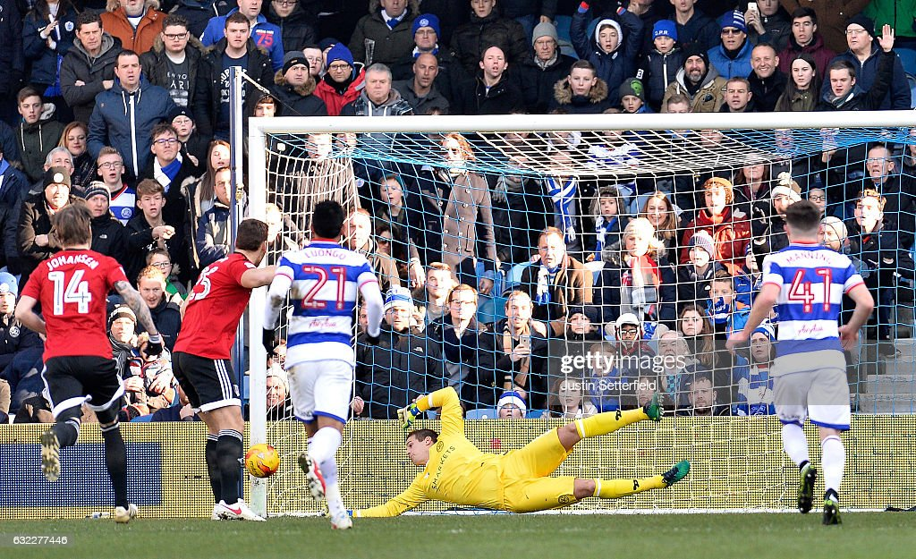 Queens Park Rangers v Fulham - Sky Bet Championship : News Photo
