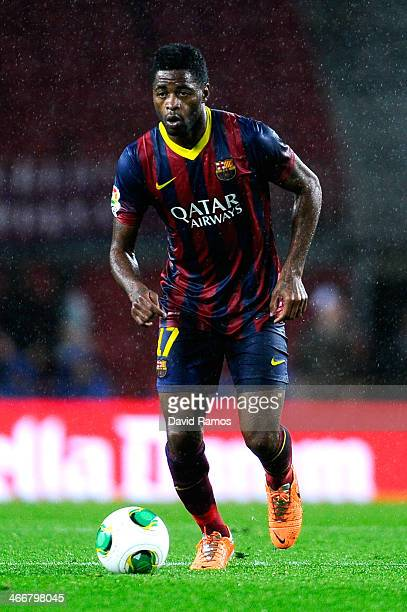 Alex Song of FC Barcelona runs with the ball during the Copa del Rey Quarter Final 2nd leg match between FC Barcelona and Levante U.D Camp Nou on...