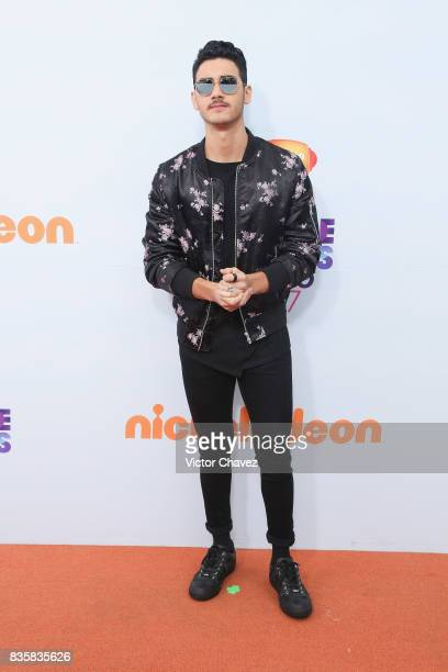 Alex Speitzer attends the Nickelodeon Kids' Choice Awards Mexico 2017 at Auditorio Nacional on August 19 2017 in Mexico City Mexico