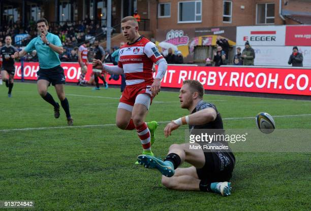 Alex Tait of Newcastle Falcons scores a try in the second half during the AngloWelsh Cup match between Newcastle Falcons and Gloucester Rugby at...
