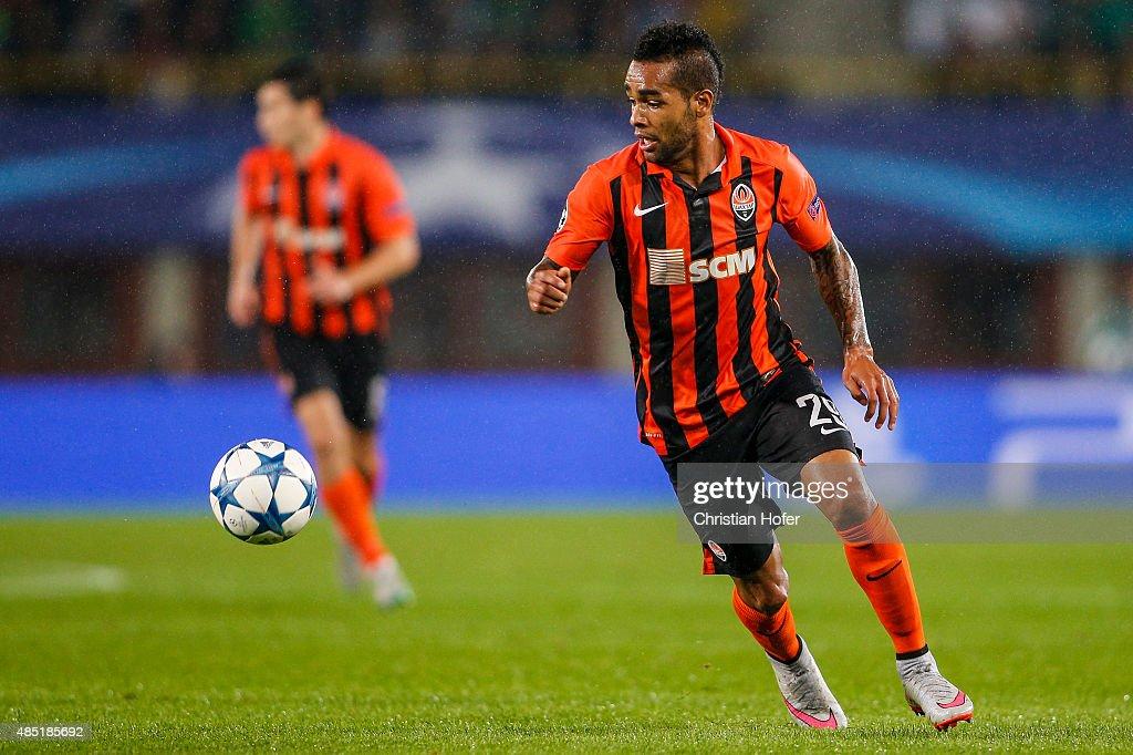 SK Rapid Vienna v FC Shakhtar Donetsk - UEFA Champions League: Qualifying Round Play Off First Leg : ニュース写真