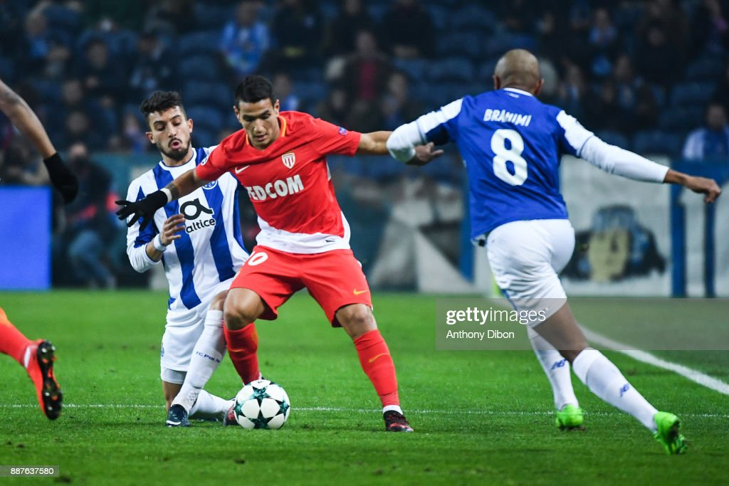 Alex Telles of Porto and Rony Lopes of Monaco during the Uefa Champions League match between Fc Porto and As Monaco at Estadio do Dragao on December 6, 2017 in Porto, Portugal.