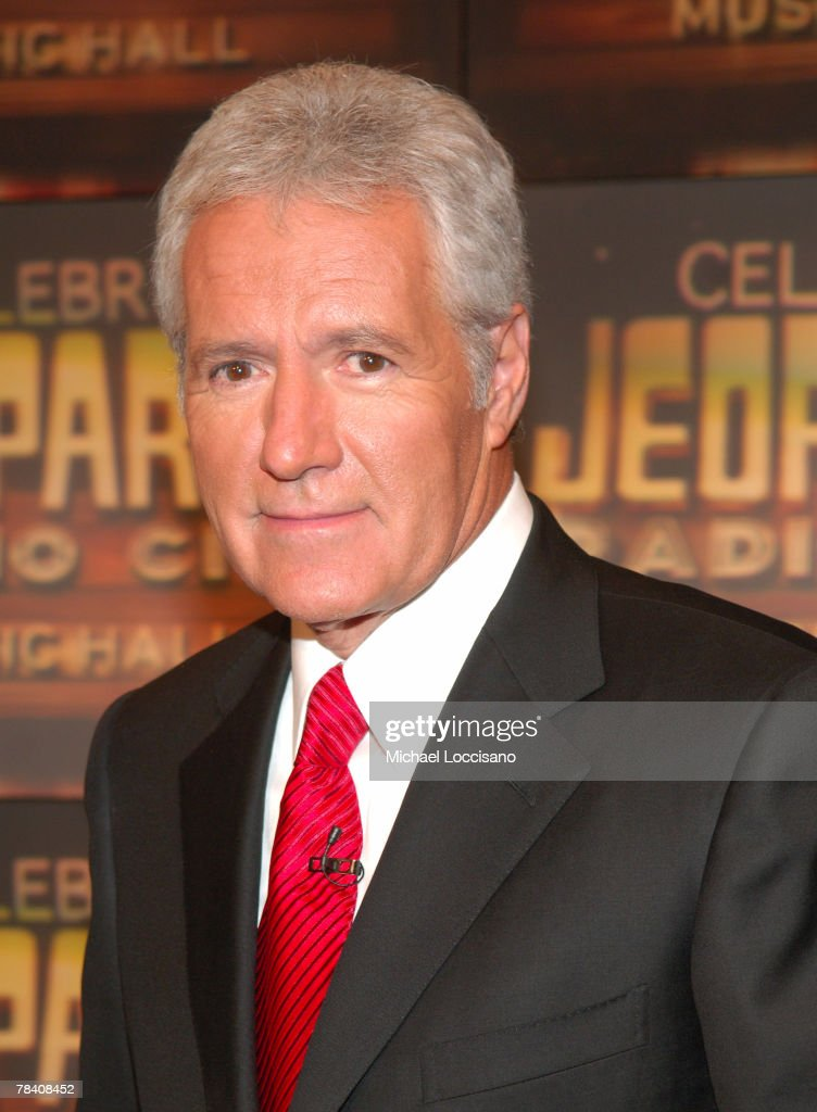 """Celebrity Jeopardy!"" Celebrates 5,000th Episode and 23rd Season : News Photo"